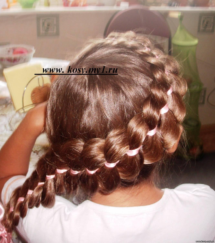 Прически из кос по-гречески