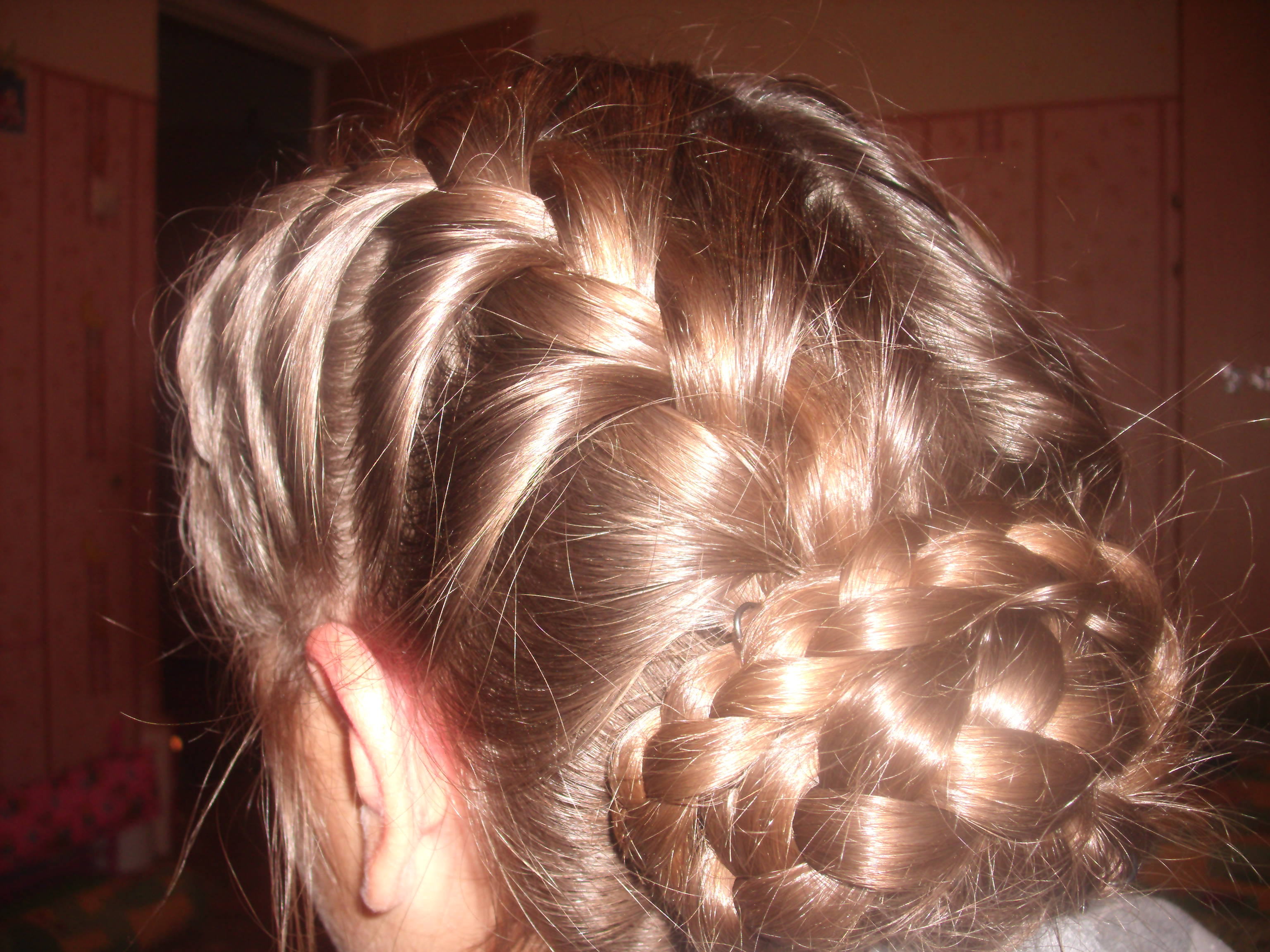 Фото причесок с французской косы